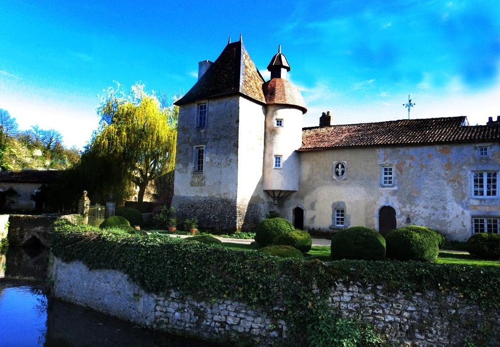 photo : http://www.tourisme-vienne.com/fr/activite/14/jardin-du-prieure-de-laverre